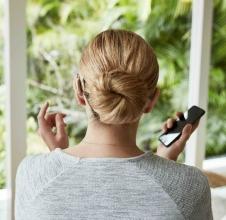 Wegweisende Forschung für bimodales Hören – Ver-sorgung mit einem ReSound Hörgerät und einem Cochlear Hörimplantat (Foto: Smart Hearing Alliance)