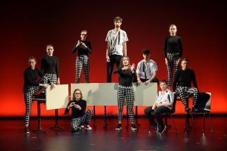 """Wütender Tanz begeisterte Publikum – Aufführung des Cochlear Tanztheaterstückes """"#wutuplikethis"""" (Foto: Cochlear)"""